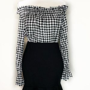 Tops - 🚨 Bell Sleeve Off the Shoulder Checkered Blouse